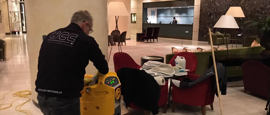 Cleaning Hotel